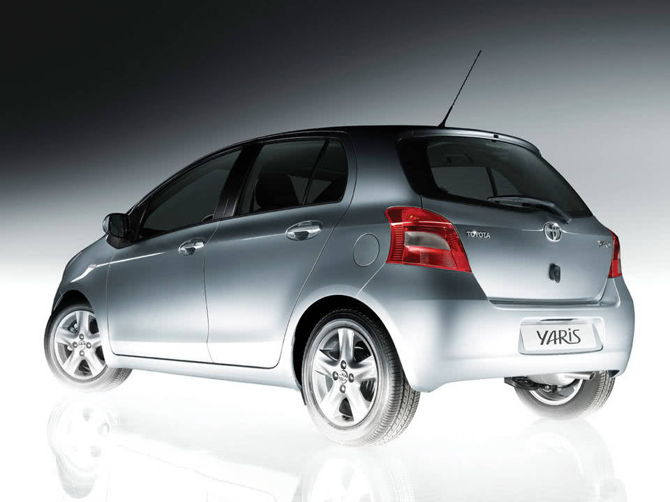 Toyota Yaris2
