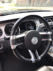 Ford Mustang салон2