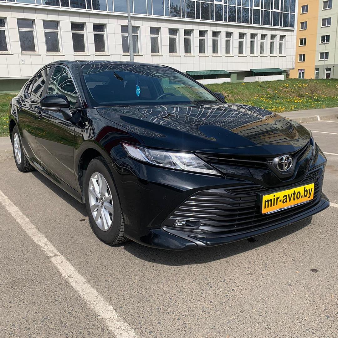 Toyota Camry 2019г